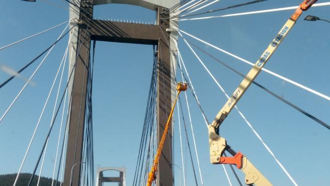 Archivo - Obras en el puente de Rande