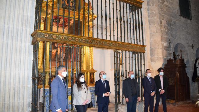 El consejero, durante su visita a la Iglesia del Salvador de Simancas.