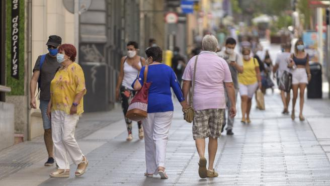 Canarias pierde unos 5.000 habitantes en 2020, coincidiendo con la pandemia, y su población supera los 2,1 millones
