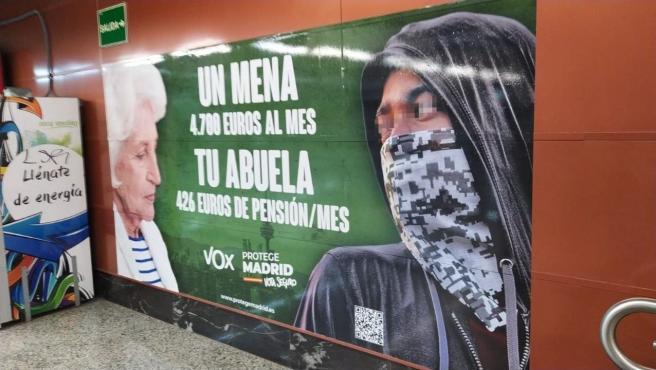 Renfe retirará la campaña de Vox del 4M en estaciones de Cercanía si la Junta Electoral la considera delito