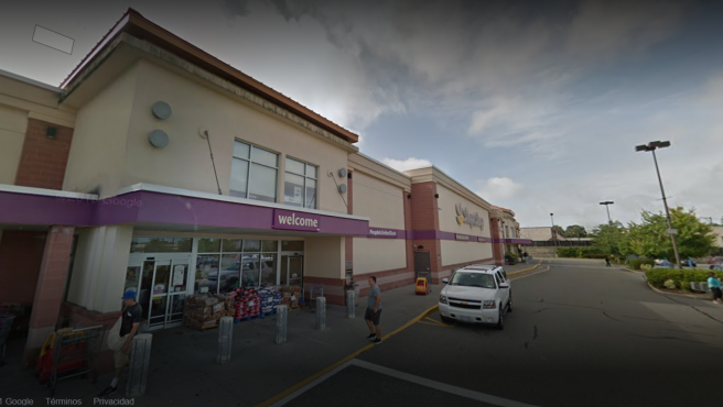Supermercado en la localidad de West Hempstead (EE UU) donde ha sucedido el tiroteo.