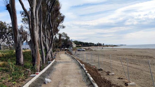 El Ayuntamiento de Estepona inicia la obra del tramo de corredor litoral en Guadalmansa, que unirá once kilómetros desde el centro