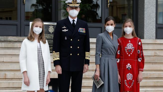 La familia real en su visita a Cartagena.