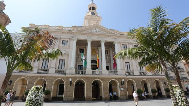 Archivo - Edificio del Ayuntamiento de Cádiz