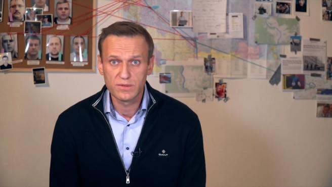El opositor ruso Alexei Navalni abandona la huelga de hambre