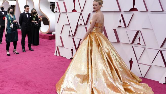 Carey Mulligan, la reina dorada en los Oscar 2021