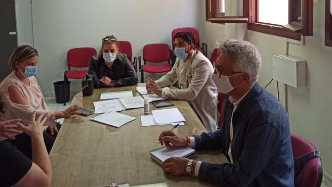 Reunión de Sánchez con concejales de su formación en Alcalá de Guadaíra