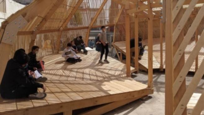 """Convierten un solar del Cabanyal en un patio de escuela """"inclusivo"""" para """"romper situaciones de desigualdad"""""""