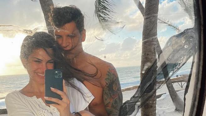 Carla Barber y Diego Matamoros en unas vacaciones en México.