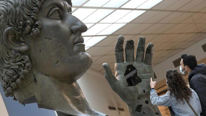 Estatua del emperador Constantino.