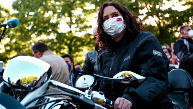 La presidenta de la Comunidad de Madrid, Isabel Díaz Ayuso, en un acto de campaña en Valdemoro.