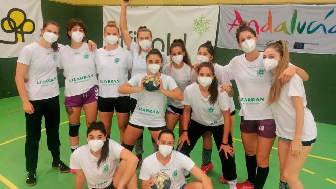 Effimed dona 6.600 mascarillas a seis clubes cordobeses para sus sesiones de grupo y traslados
