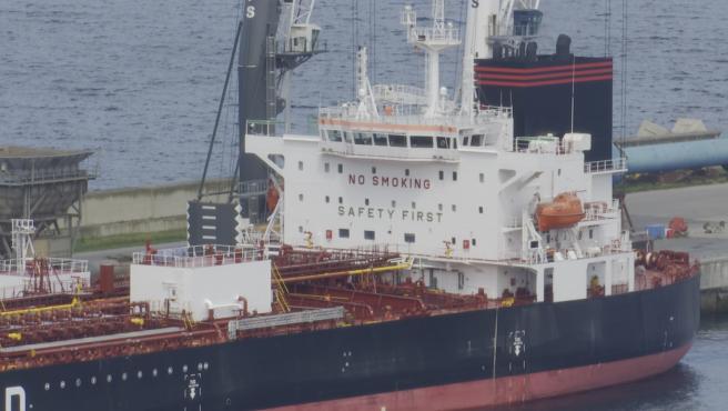 Investigan posibles casos de la cepa india en un barco en el Puerto de Bilbao