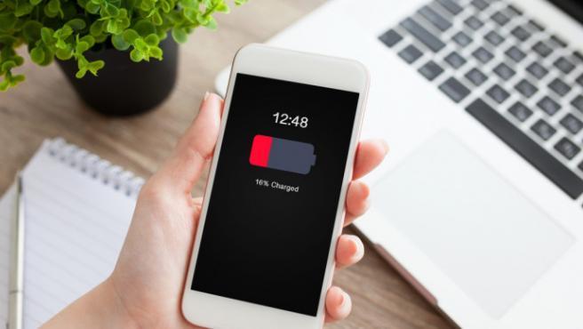 Alargar la vida de la batería es imprescindible para alargar el funcionamiento del smartphone.