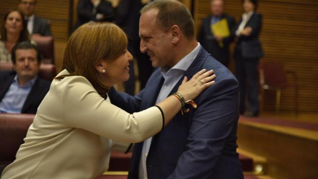 """Dalmau lamenta la renuncia de Bonig por las formas: """"Necesitamos partidos más democráticos"""""""