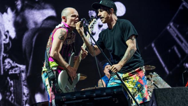 Flea y Anthony Kiedis actuando en el festival Napa Valley Music.