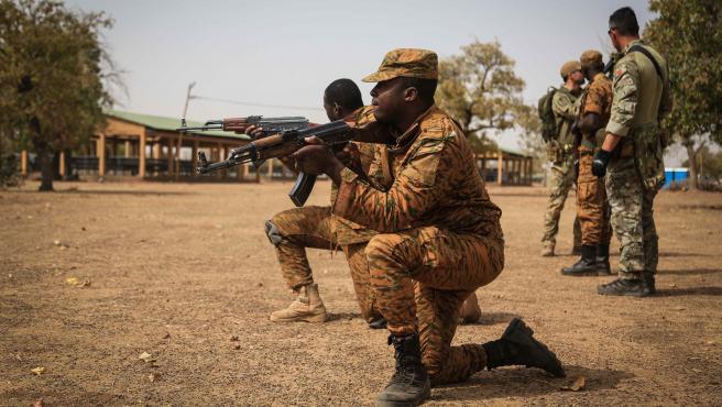Imagen de archivo de militares de Burkina Faso.