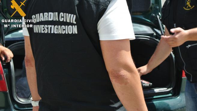 Sucesos.- Detenido en una comunión en La Algaba un cabecilla de una red de drogas huido desde julio de 2020