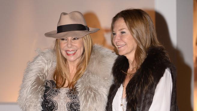 Ana Obregón y su hermana Amalia en 2014.