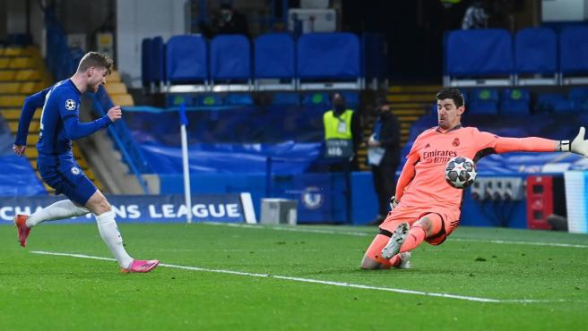 Un momento del Chelsea Real Madrid.