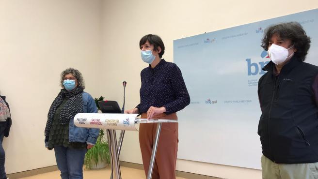 El BNG recoge las demandas de familias y trabajadores de residencias, que anuncian una plataforma y movilizaciones