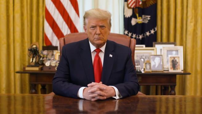"""Facebook ratifica veto a Trump por """"riesgo de violencia"""" derivado de sus mensajes"""