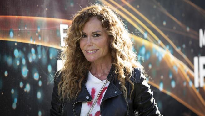La actriz Lara Dibildos posa en la presentación del musical 'Cruz de Navajas'.