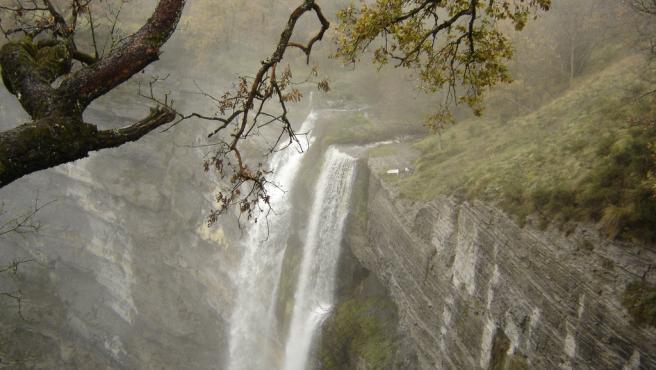 La cascada de Goiuri es el mayor salto de agua del norte peninsular.