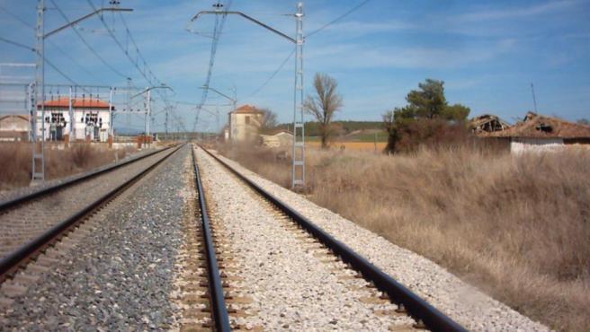 Licitadas por 2,2 millones obras en la estación de Espinosa (Palencia)para estacionamiento de trenes de 750 metros