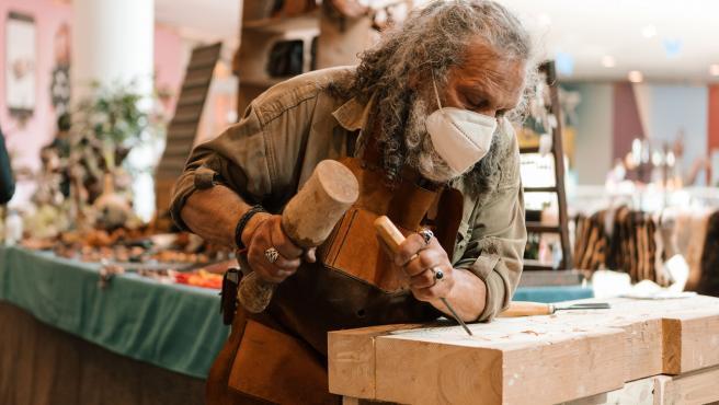 Maestros artesanos exhibirán su trabajo en la feria 'Sus manos, Nuestra tierra' de Vallsur