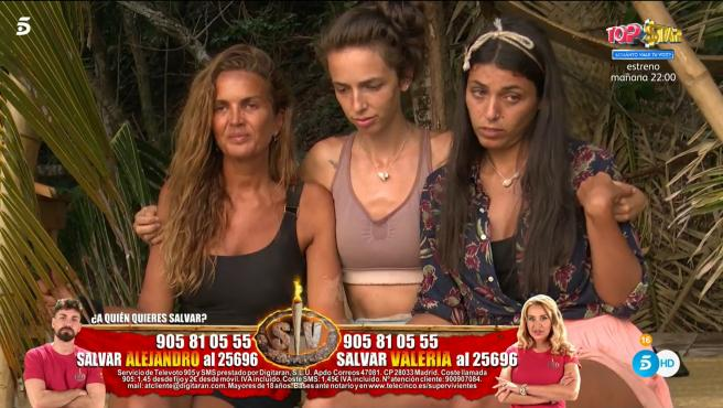 Marta, Palito y Lola, en 'Supervivientes 2021'.