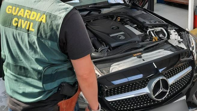 La Guardia Civil detiene a una persona tras simular el pago de un vehículo mediante una falsa transferencia
