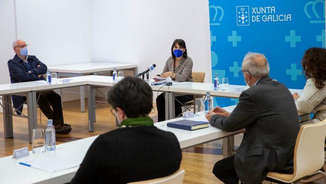 13,00 h.- A conselleira de Emprego e Igualdade, María Jesús Lorenzana, asinará nove convenios coas entidades da Rede Galega contra a Trata en materia de axudas de emerxencia ás vítimas desta lacra. foto xoán