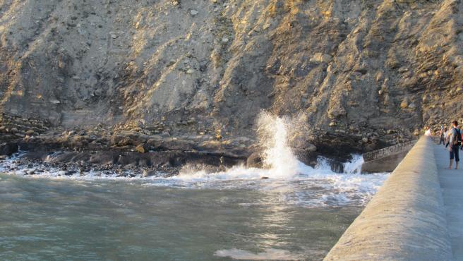 Euskadi activa este miércoles el aviso amarillo por riesgo para la navegación por olas de 2,5 metros