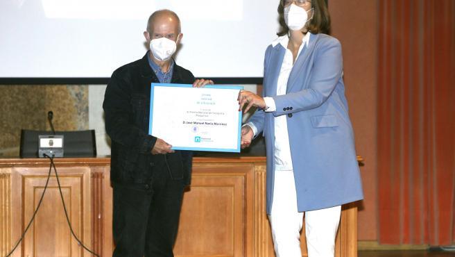 Navia recoge el XI Premio Nacional 'Piedad Isla' y reconoce que es un galardón muy querido en el mundo de la fotografía