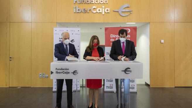 Fundación Ibercaja y Directivas de Aragón firman un convenio para el desarrollo de Su Programa LiderA