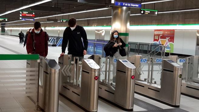 Metro de Málaga recupera el horario del fin de semana hasta la 01.30 horas de la madrugada