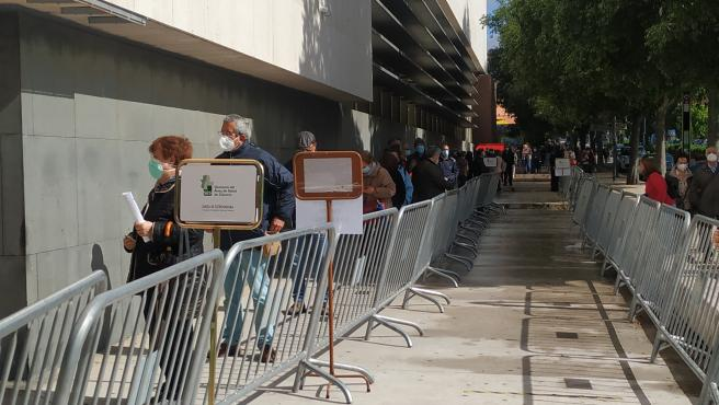 Unas 1.500 personas pasarán este miércoles por el centro de vacunación del Palacio de Congresos de Cáceres