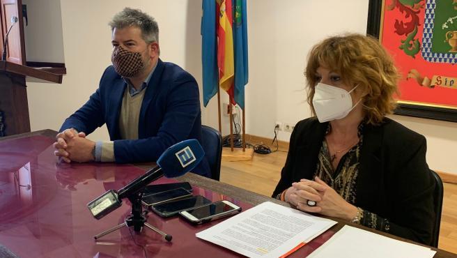 """Ciudadanos advierte que no va a ser una """"oposición sumisa que aplauda a ese pequeño caudillo sierense"""""""