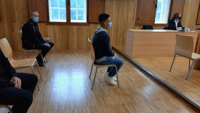 El acusado de agredir sexualmente a una menor en un garaje de Lugo acepta cuatro años de prisión