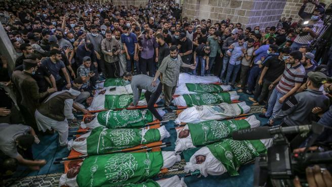 Funeral de 15 palestinos que murieron en un ataque en Gaza