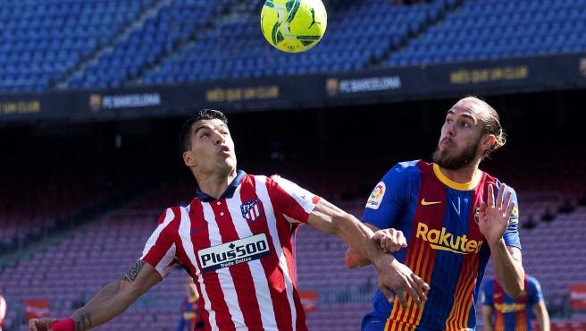 Luis Suárez y Mingueza, en el FC Barcelona - Atlético sin público