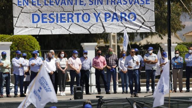 Diputación.- Diputación se suma al agro almeriense y exige mantener los caudales del Trasvase Tajo-Segura