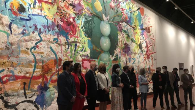 La vena pictórica de Almodóvar llega a Toledo en una muestra llena de flores y color de la mano de Jorge Galindo
