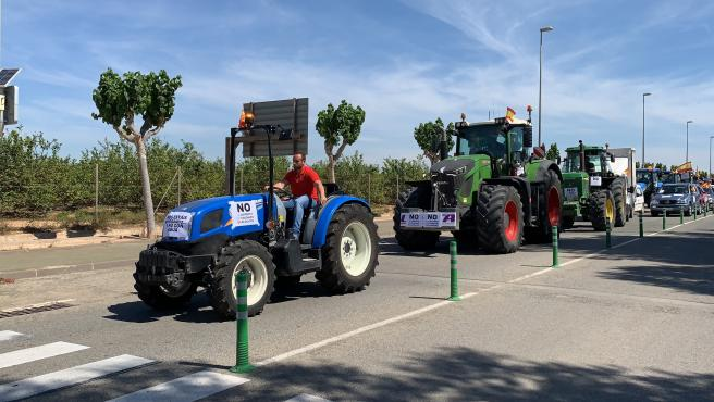 """Regantes exigen que el trasvase """"no se toque"""" para evitar que Alicante """"se convierta en el desierto de Europa"""""""