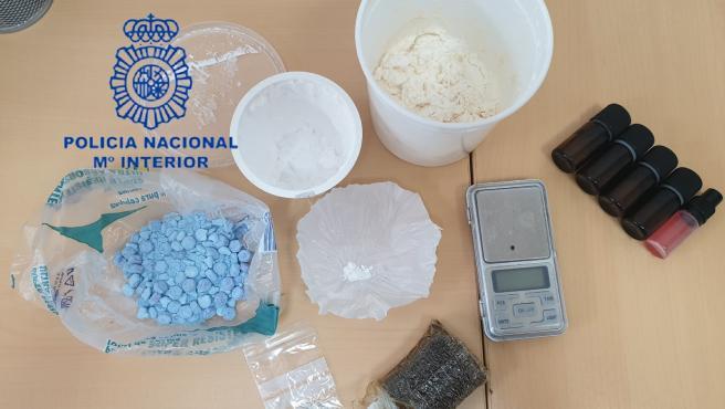 Sucesos.- Detenidas seis personas que se dedicaban a la compraventa de droga en un domicilio y en la calle