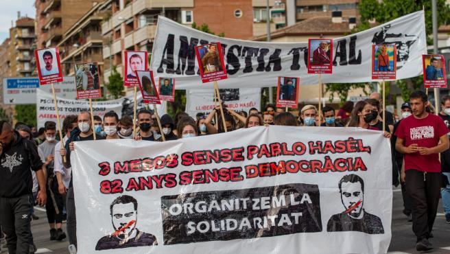 Unas 500 manifestantes por Pablo Hasel en Lleida a los tres meses de entrar en prisión