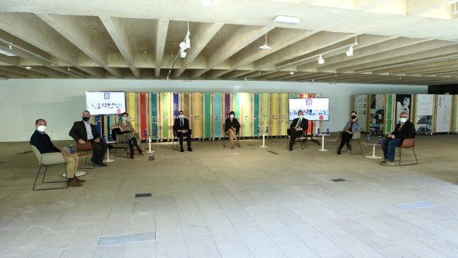 Los siete ponentes del foro 'Museos'.