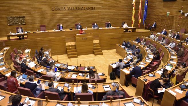 Un plenario cambiado preguntará a Puig sobre crisis, 15-M, impuestos, gasto político y emergencia climática