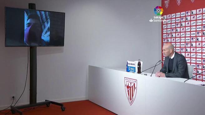 """Zidane: """"Cómo voy a decir a mis jugadores que me voy ahora, es mentira"""""""